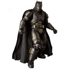 Фигурка Batman v Superman: Dawn of Justice — Batman — Mafex — Armored